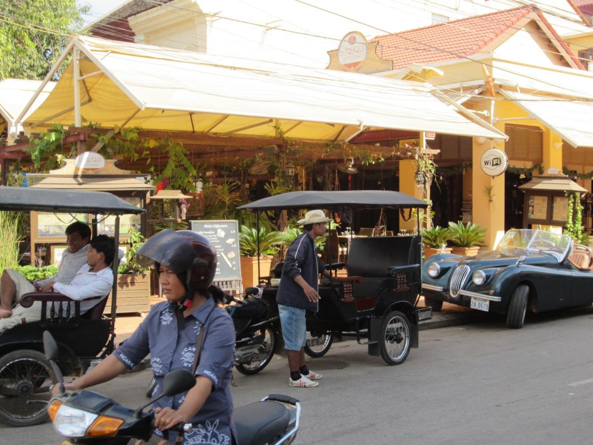 22/12… Santa Krishna's in SiemReap